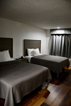 Welcome To Lockhart Inn - 2 Beds